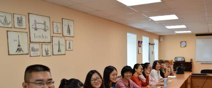 Students from Shensei Pedagogical University begin practicum at ILS