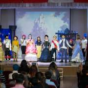 Snow White: for acting, speaking and learning!