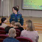 Russian ministry awards ILS students, test their knowledge of how to behave in emergencies