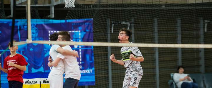 ILS decides: Who are the school's best table tennis and pioneerball players
